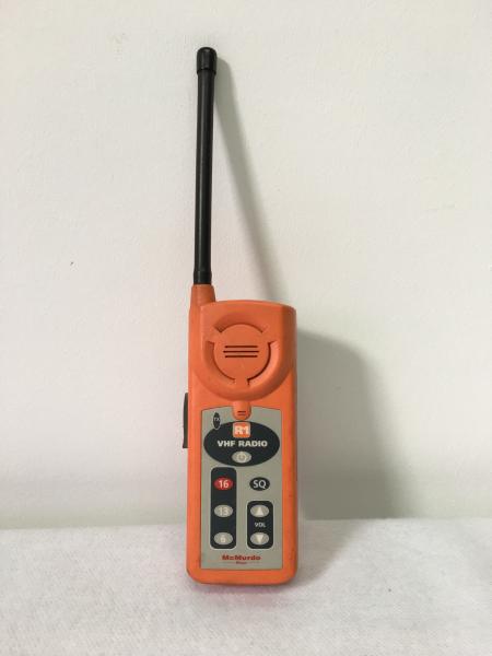 Mc Murdo Handheld VHF R1