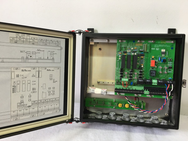Simrad Robertson Autopilot Distribution Unit D90