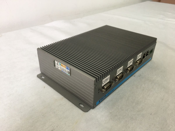 Advantec Fanless PC UNO-2178A